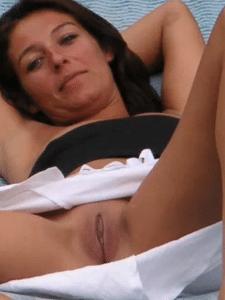 Femme de 35 ans veut tester la domination